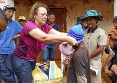 Distribution de bonnets