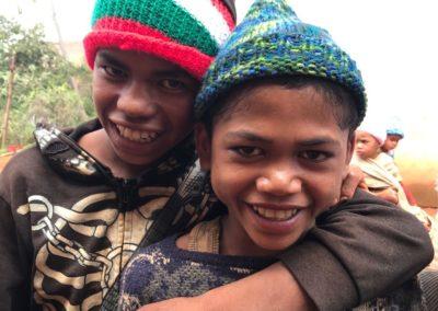 Des bonnets et des sourires