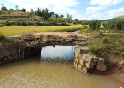 Pont à Ambilany